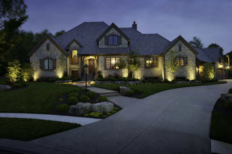 4 Reasons Why Landscape Lighting Has Improved and Become Much Simpler