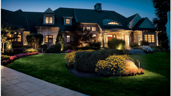 5 Tips For Using Lighting to Increase Your Home's Curb Appeal