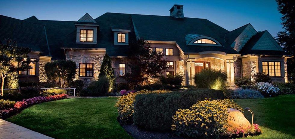 Best services led landscape lighting outdoor lighting canada our landscape lighting services aloadofball Gallery
