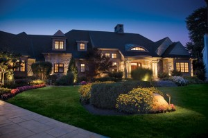 elegant-landscape-lighting